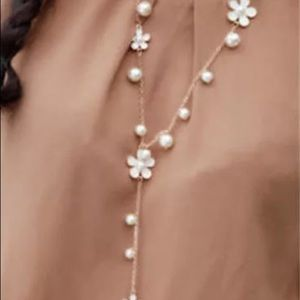 Pearl Flower Chain for sweaters or fun, gold tone